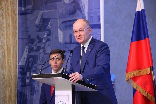 Владимир Киселёв: «Главной статьей расходов федерального бюджета остаются социальные обязательства»